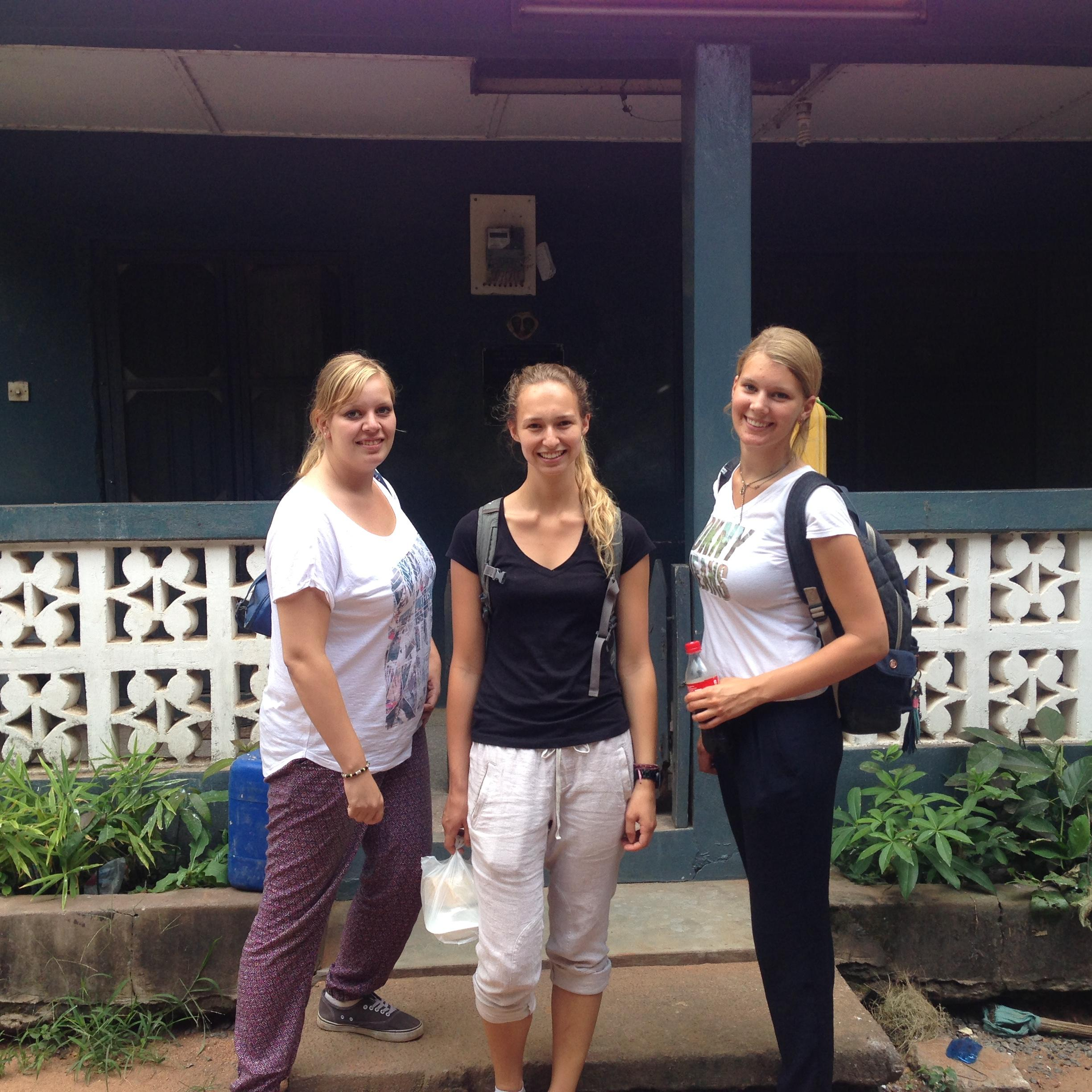 Projects Abroad HIV/Aids internship in Ghana shows interns preparing for a Community Outreach Day.